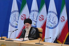 """Lãnh tụ tối cao Iran gửi """"mật thư"""" cho TT Mỹ"""
