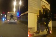 """""""Người nhện"""" gây sốt trên đường phố Nga"""