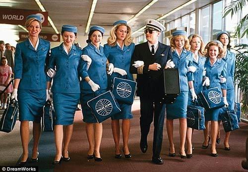 tiếp-viên, quy-định, máy-bay, an-toàn, buôn-bán, hàng-không, mại-dâm, buôn-người