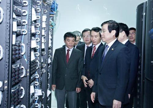 Bộ trưởng Nguyễn Bắc Son,  VDC, VCCorp, máy chủ, Viettel IDC