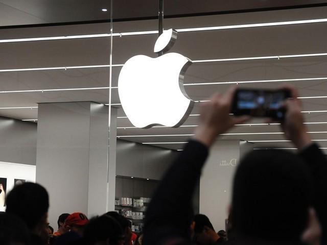 Apple lôi kéo trụ cột của Samsung nhằm 'tăng lực' cho Apple Car