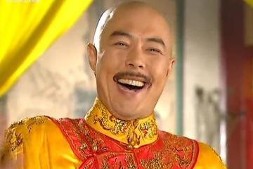 'Hoàng đế' phim truyền hình Hoa ngữ tái xuất