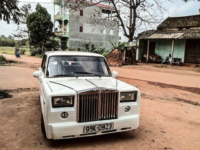 Hình ảnh mới nhất về chiếc Lada độ thành Rolls-Royce ở Bắc Giang