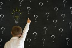5 lý do khiến mọi người chọn và bỏ nghề giáo