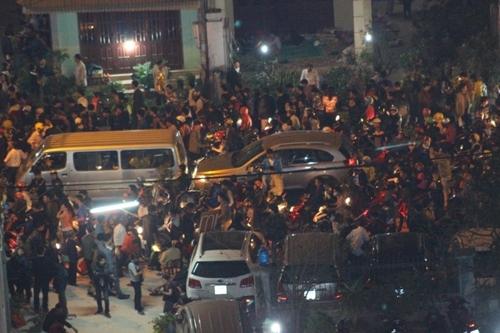 Chợ Viềng: Chen Chân Ngất Xỉu ở Phiên Chợ Cầu May Duy Nhất Trong Năm