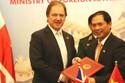 Việt - Anh thúc đẩy hợp tác quốc phòng