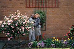 Những nụ hôn không phải đặc quyền của giới trẻ