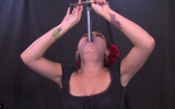 10 clip 'nóng': Thất kinh xem mẹ bầu nuốt kiếm