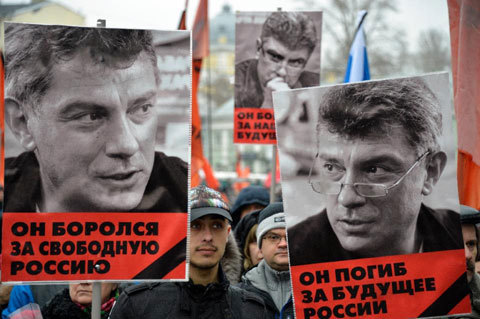 Tuần hành lớn tại Nga tưởng niệm chính trị gia đối lập