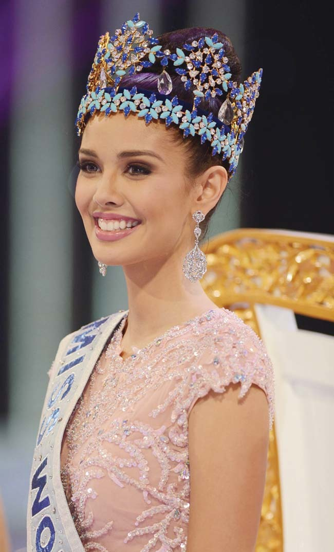 bà trùm sắc đẹp, Megan Young, Hoa hậu Thế giới, Hoa hậu Hoàn vũ