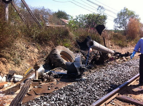 Tractor crash closes north-south rail link