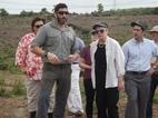 Nữ Thứ trưởng Mỹ đi rà phá bom mìn ở Quảng Trị