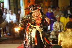 Lễ hội chầu văn, lễ hội bánh xưa và nay