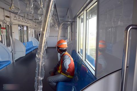 Bên trong tàu điện ngầm tuyến metro số 1 TP HCM