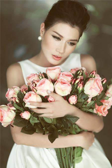 Mẹ Trang Trần tiết lộ những góc khuất về con gái