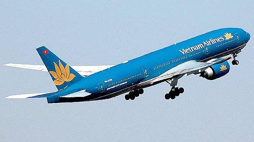 Máy bay Vietnam Airlines suýt đụng máy bay Trung Quốc?
