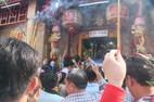 Đến lễ hội chùa Bà không còn trộm cắp, ăn xin