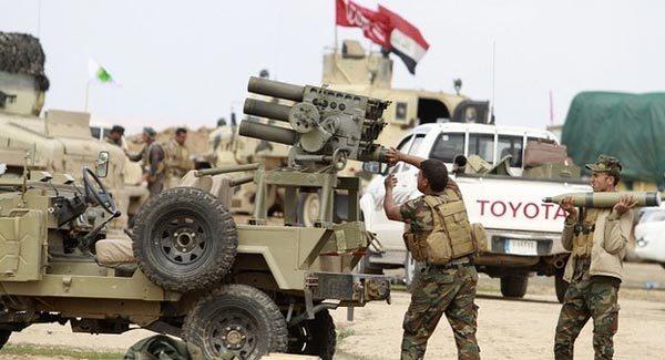 Iraq quyết diệt IS, dân ùn ùn chạy khỏi Tikrit