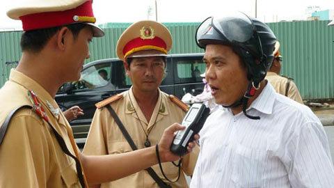 Tịch thu xe khi say: Phạt nặng càng gây chống đối