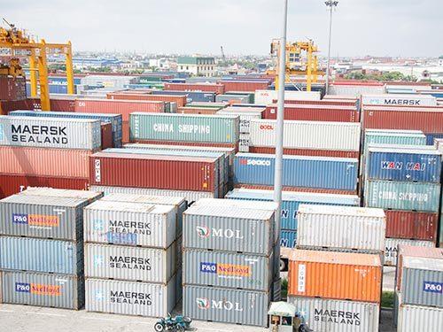 Container tồn đọng, cảng biển, háng tái xuất, rác thải