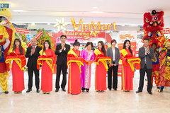 Khai trương VinMart Đồng Khởi và 10 VinMart+ tại TP.HCM