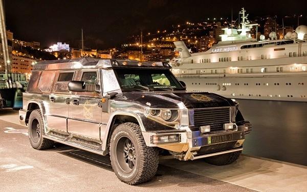 Siêu xe chống đạn 1 triệu đô đắt khách nhà giàu