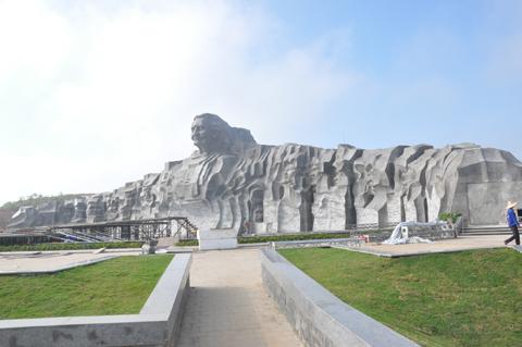 bà mẹ việt nam anh hùng, tượng đài, 411 tỷ đồng, lớn nhất, Quảng Nam