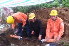Thời tiết xấu, Hà Nội mất điện nhiều nơi