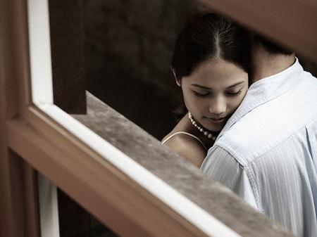 Có chồng nhưng khó sống thiếu người tình 'sở khanh'