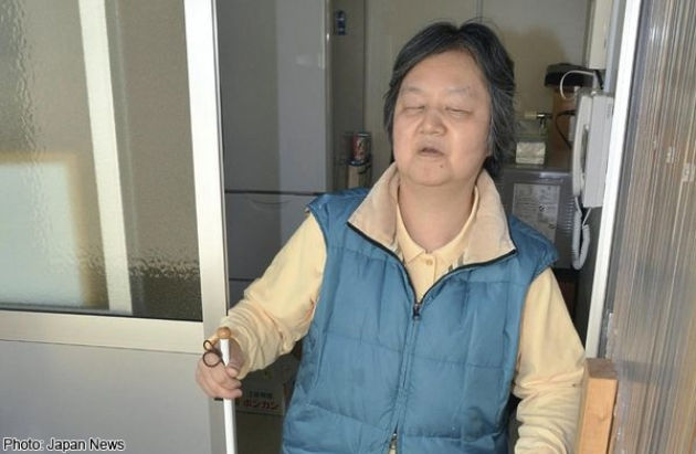 Hàng chục vạn người Nhật vẫn sống tạm bợ sau thảm họa sóng thần - 1