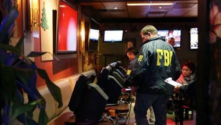 Nhiều quán café Việt bị cảnh sát Mỹ lục soát