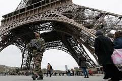 Pháp điều 10.000 lính ra đường vì đe dọa khủng bố