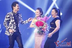 Bố mẹ vỡ nợ, quán quân Vietnam Idol sống tha hương