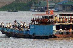 Chìm phà ở Myanmar, hàng chục người chết