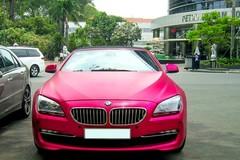 Xe mui trần màu hồng hàng độc của thiếu gia nổi tiếng Sài Gòn
