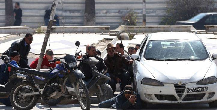 Khủng bố tại Tunisia, hàng chục người thương vong
