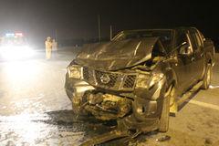 2 xe đấu đầu tại ngã tư 'tử thần', 9 người nhập viện