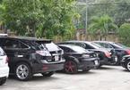 Hàng chục siêu xe phủ bụi ở Đà Nẵng
