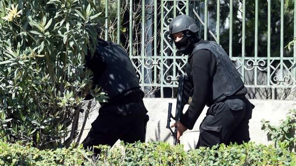 Ba nghi phạm vụ khủng bố Tunisia vẫn 'nhởn nhơ'