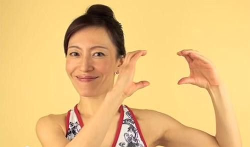 Các động tác trẻ hóa bằng yoga cho khuôn mặt