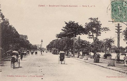 Một thời 'thành phố trong vườn cây' của Hà Nội