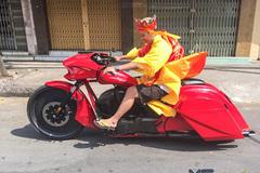 'Đường Tăng' lái Honda Fury độ trống đồng ở Sài Gòn