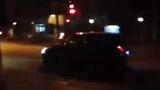 """Rợn người với màn """"drift"""" xe ô tô như phim trên phố Hà Nội"""