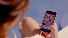 Bị thu Iphone, bé gái 12 tuổi 2 lần đầu độc mẹ