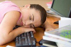 Ngủ trưa 45 phút tăng trí nhớ gấp 5 lần