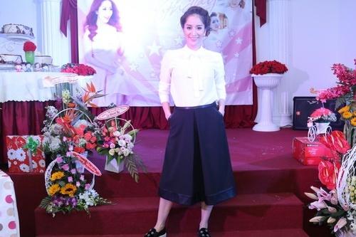 Khánh Thi, Maya và chuyện bầu bí khi chưa có chồng