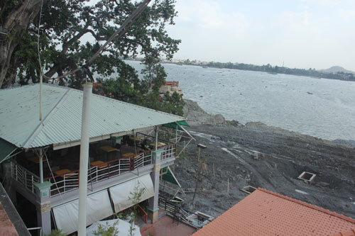 Cảnh ào ạt lấp sông Đồng Nai, bất chấp phản ứng