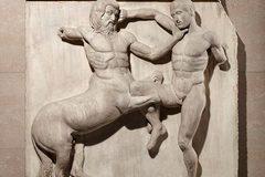 Tại sao các bức tượng Hy Lạp cổ thường khỏa thân?