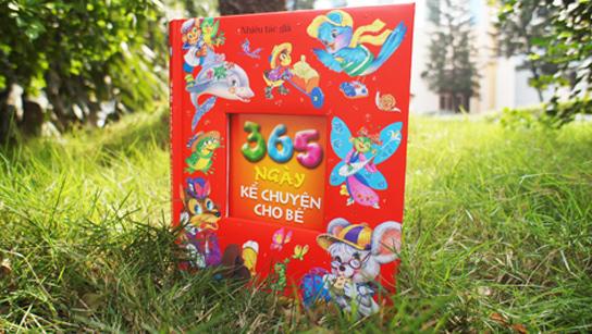 Tặng sách '365 ngày kể chuyện cho bé'