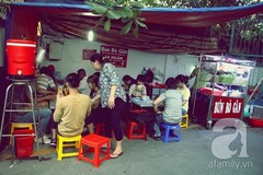 """Quán bún bò gân """"bá đạo"""" nhất Sài Gòn"""